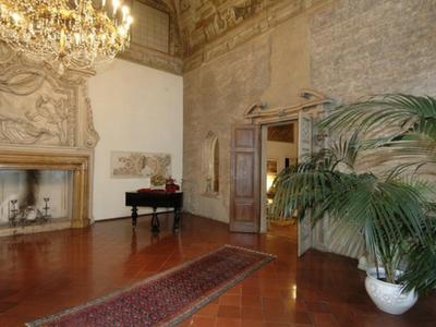 Prenotare online una stanza a Palazzo Arrivabene