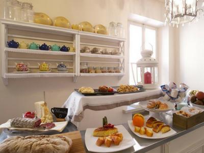 Inizia bene la giornata con una speciale colazione presso hotel Broletto Mantova